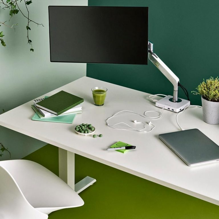 humanscale-m2-monitor-arms-det