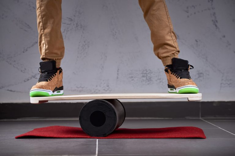 What is balance board?