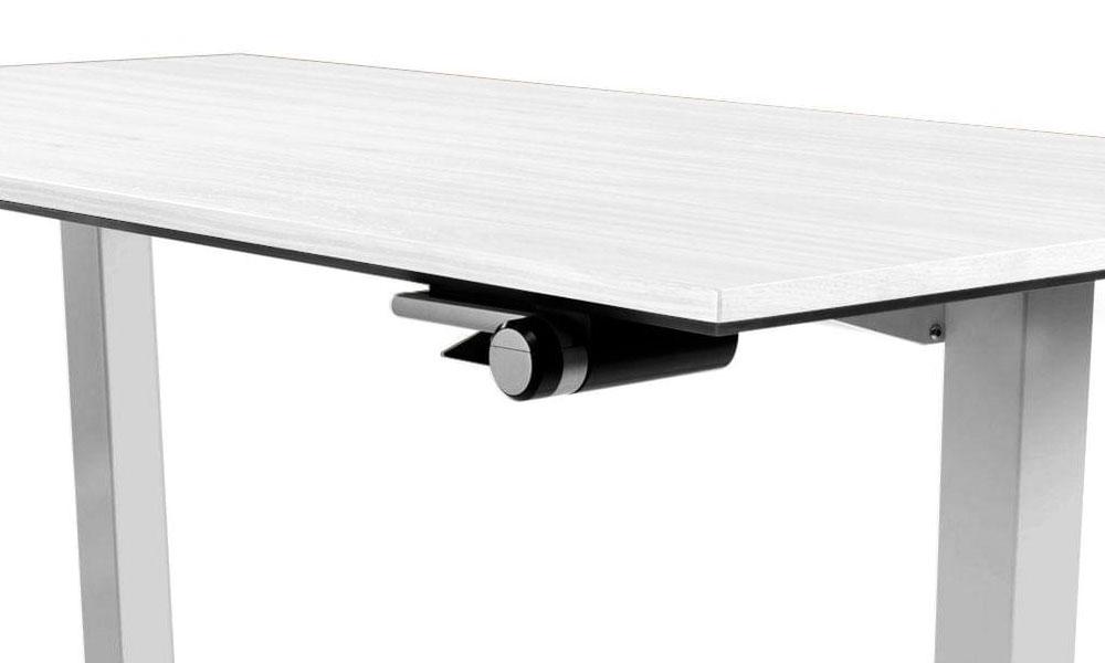 Counterbalance standing desks