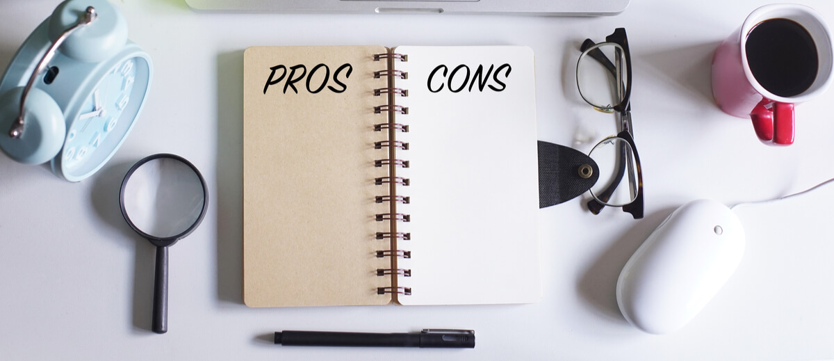 PROS and CONS on white office table